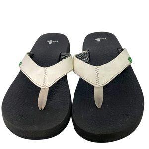 Sanuk Yoga Mat Flip Flop Sandal Black Creme 10